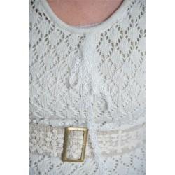 Vacker tröja i stickat spetsmönster från JDL
