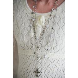 Vacker stickad tröja med hålmönster från JDL