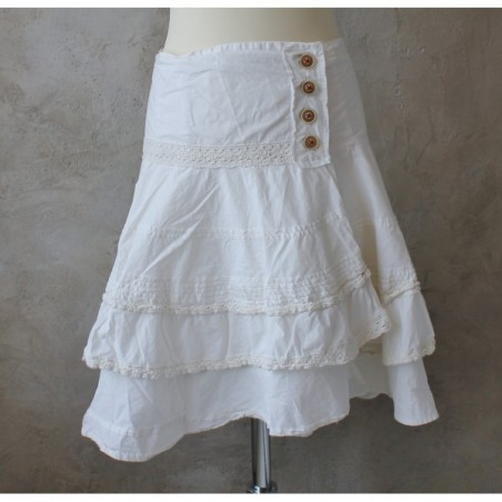 Ljuvlig kjol i bomull med volanger från Östebro, strl S