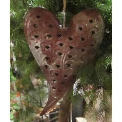 Hjärta i plåt med patina