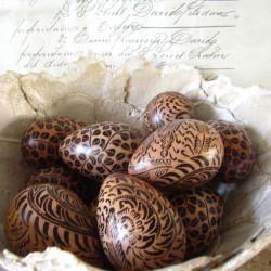 Handmålade ägg från Bali